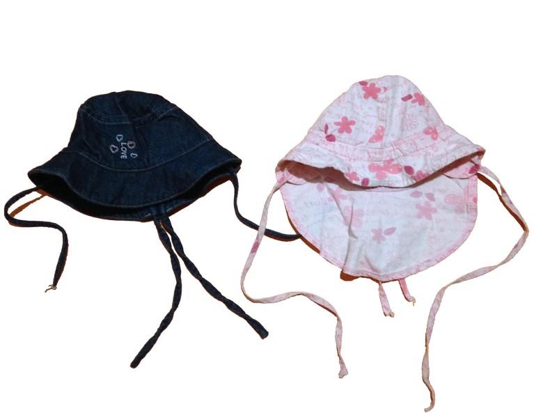 2 chapeaux